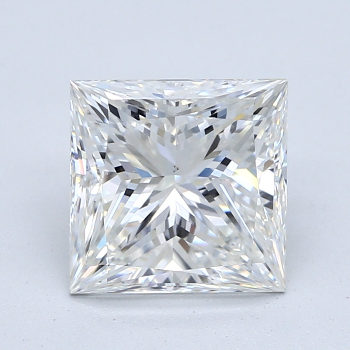 2.5 carat G color princess cut diamond