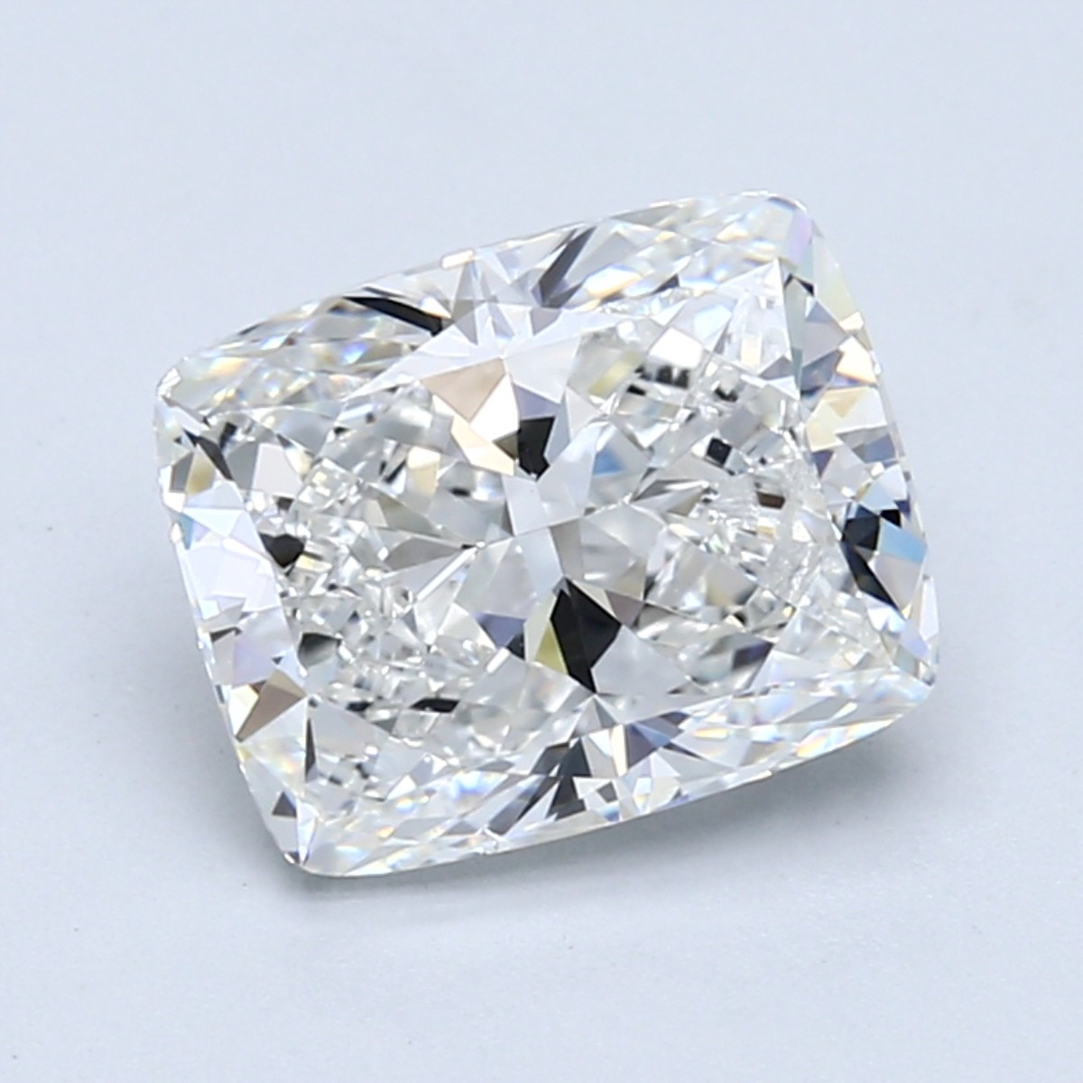 Cushion 3.0 Carat G Color VS2 Clarity For Sale