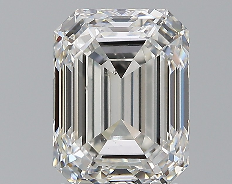 Emerald 1.91 Carat G Color VS2 Clarity For Sale