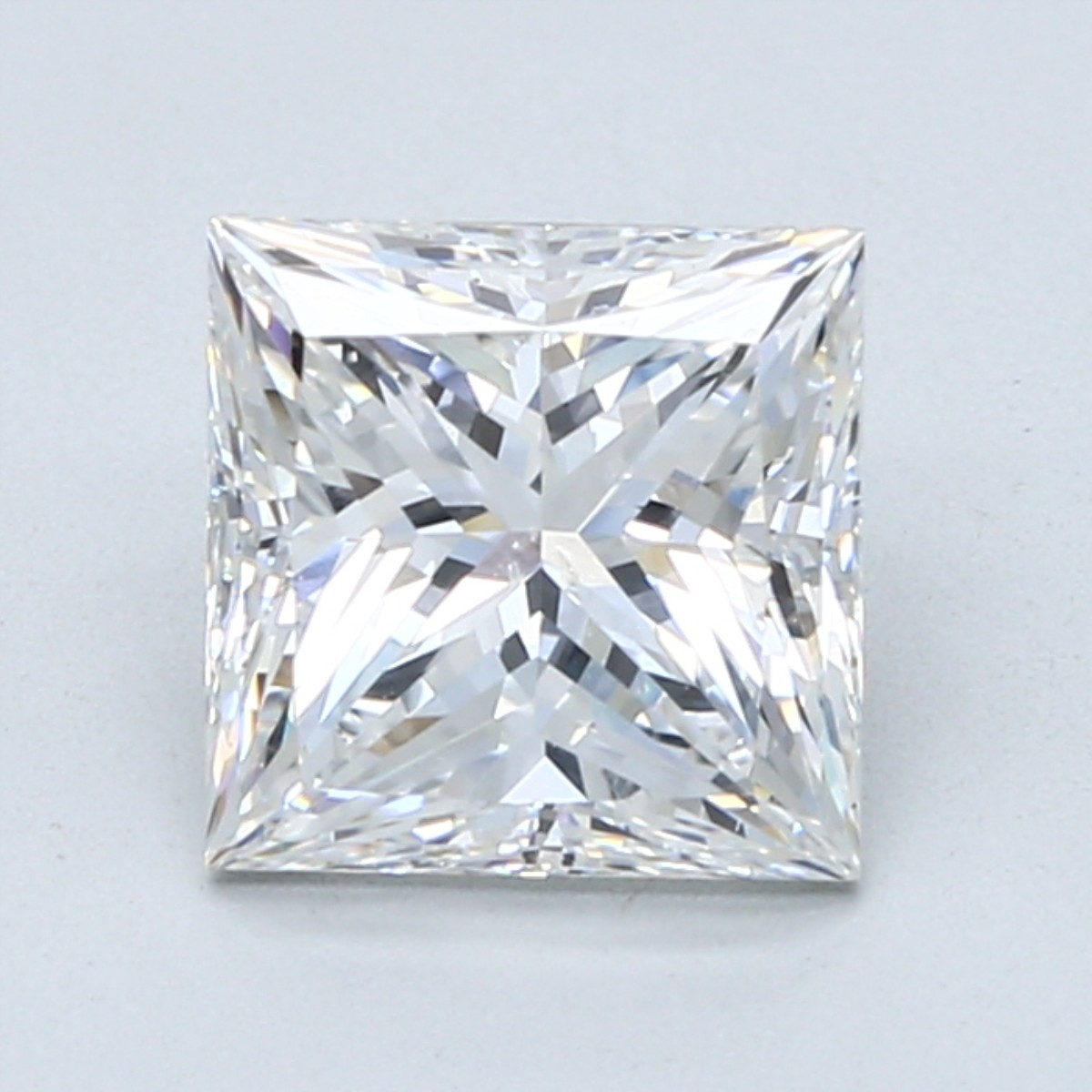 2.5 carat F color princess cut diamond