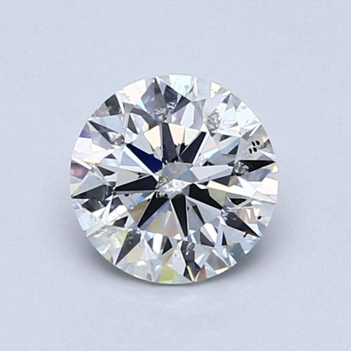 Diamond with large clear inclusion on the center table